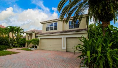 5 Bed/3 Bath Spacious Living with Enormous Yard