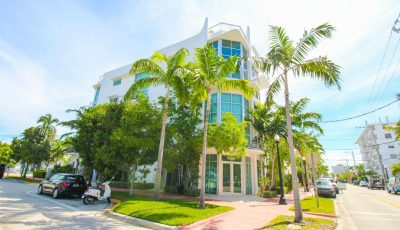 For Rent,  Split Level, New  Contemporary  2 beds /2 baths, Turn Key, on South of Fifth, Miami Beach.