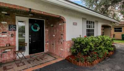 8130 NW 40th St, Coral Springs, FL 33065