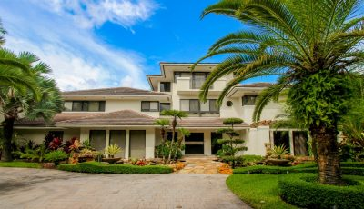 Unique Mansion in Doral