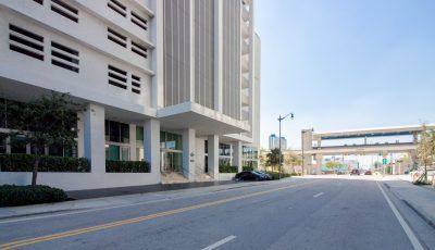 1040 Biscayne Blvd, Unit 2403, Miami, FL 33132