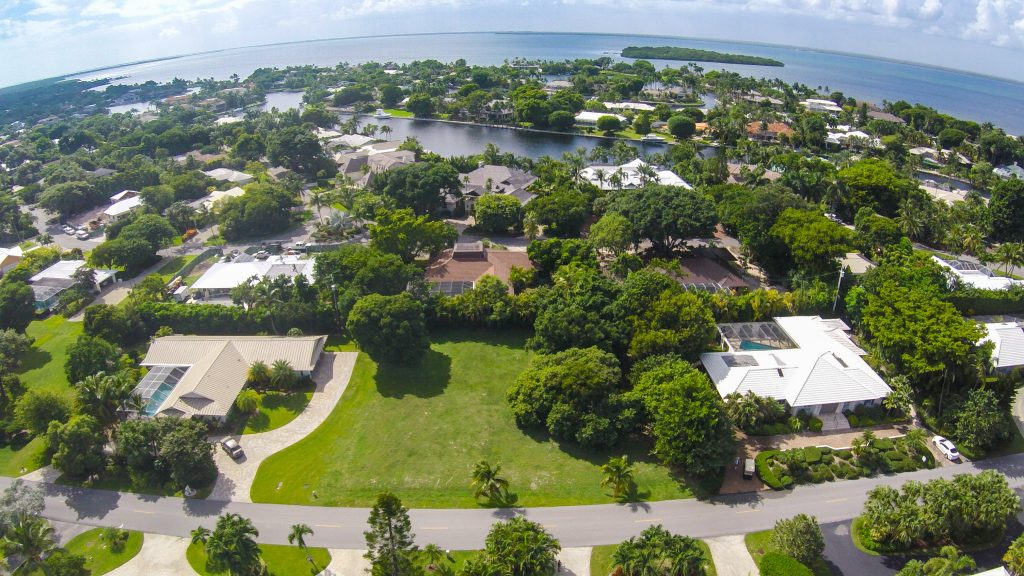 17-Country-Club-Road-Aerial-6