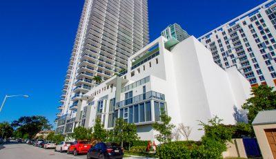 600 NE 27th St,TH2, Miami, FL 33137 3D Model