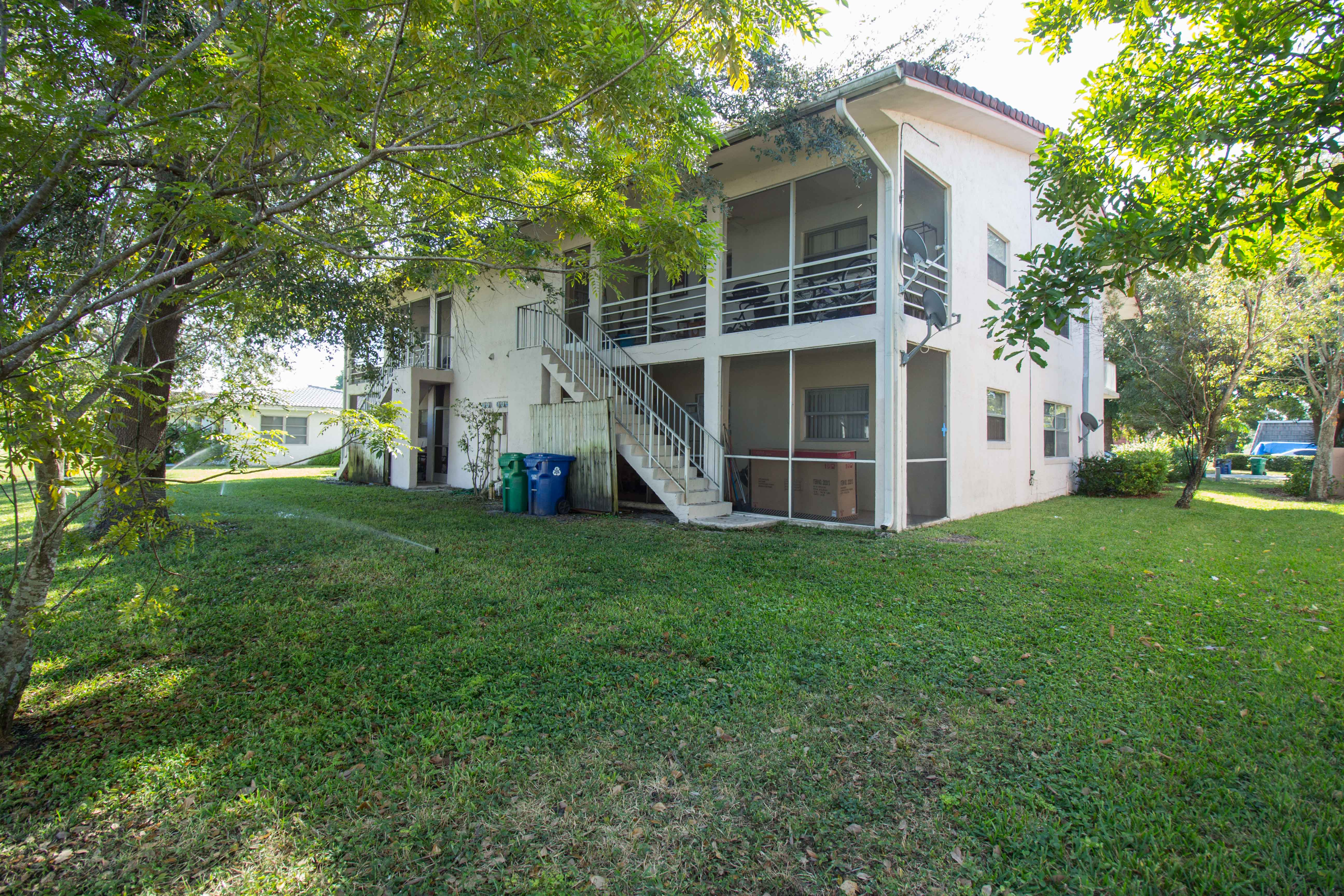 hd-exterior-10601-nw-45th-st-6
