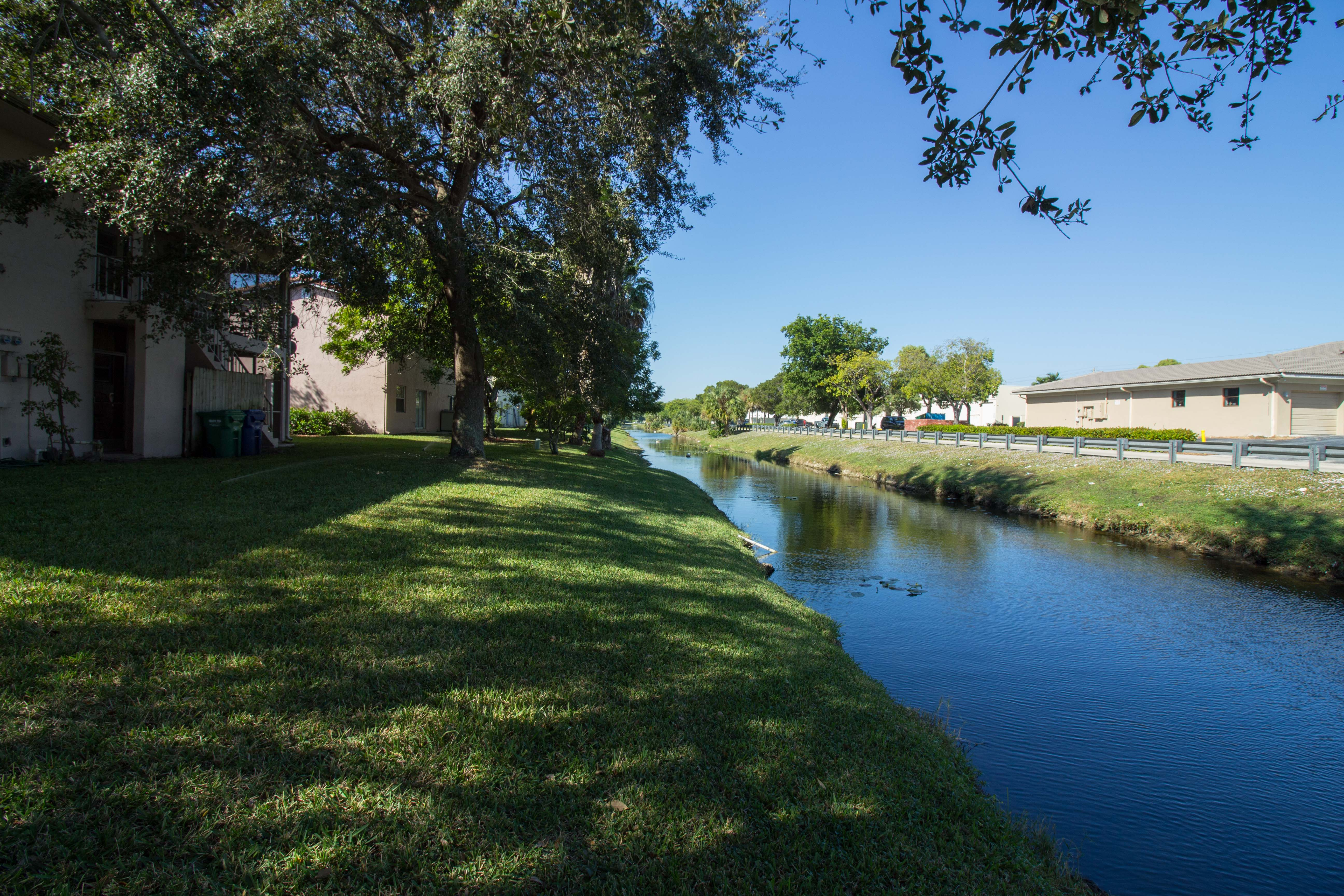 hd-exterior-10601-nw-45th-st-9