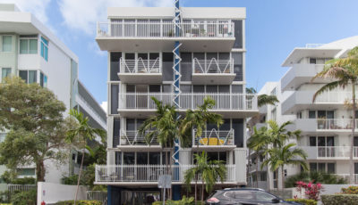 Spectacular unit steps from Ocean!!!