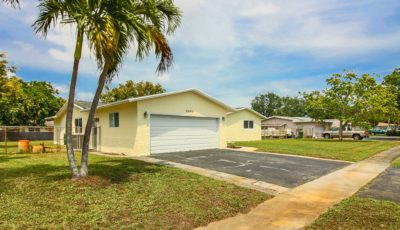 6885 SW 4th St Margate, FL 33068