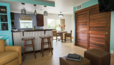 One-Bedroom Suite (Sun Dek Beach House)