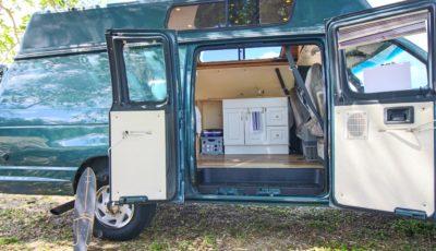 VanGogh the Van – FORD E350 Powerstroke 7.3 TURBO DIESEL Camper Van