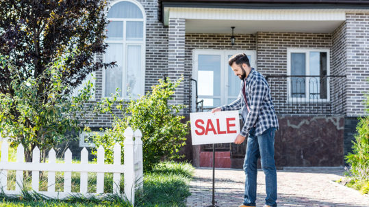 House Not Selling Three Tips for Moving a Stagnant Property